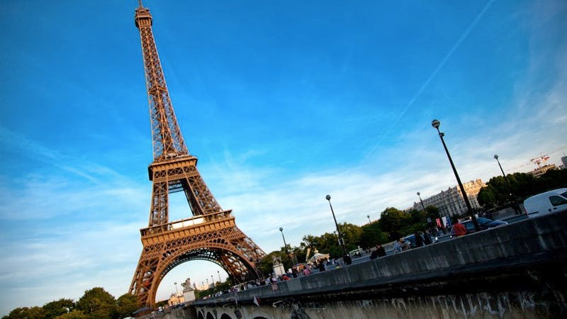 Mellomlanding: Paris