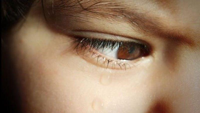 … gråter