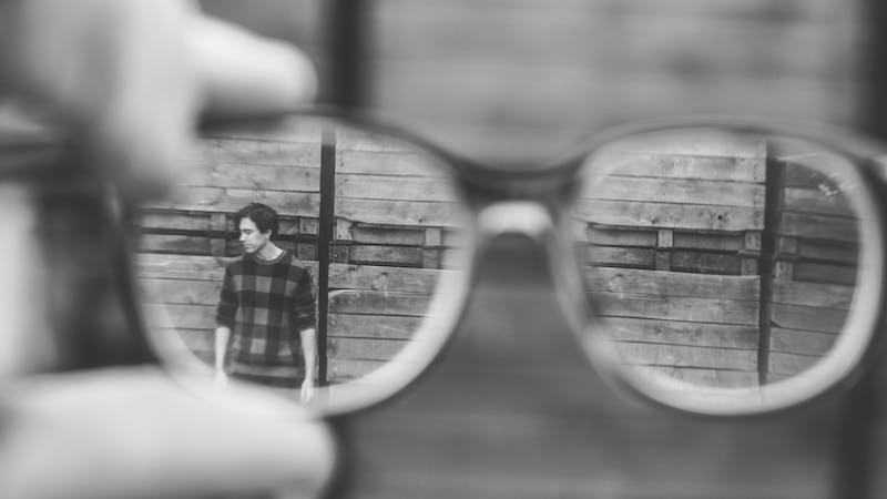 Hvilke briller ser du verden gjennom?