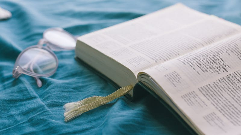 Trosforsvar er en nødvendighet på en arbeidsplass eller et studiested som alene kristen