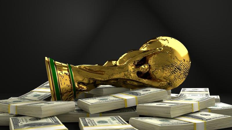 Super League-kuppet ble stoppet, men vi må fortsatt stå opp mot pengegriskhet og umoral i samfunnet