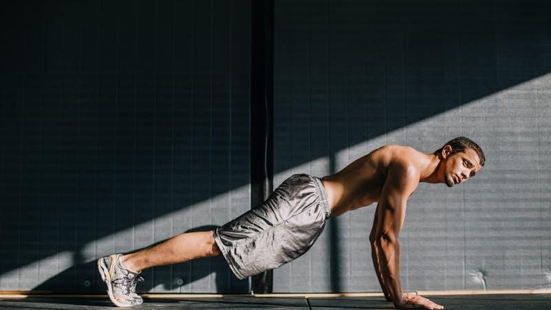 – Dere jenter har det så enkelt! Dere trenger bare være tynne. Vi gutter må både være tynne og ha store muskler!