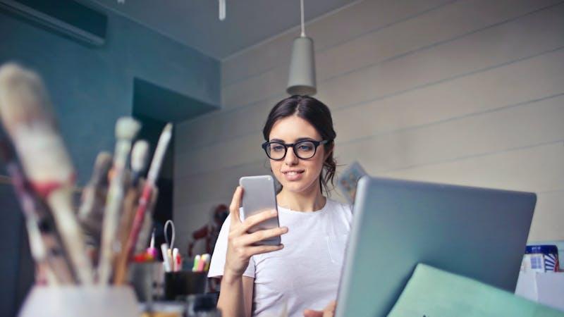 7 kristne apper du bør laste ned på telefonen din